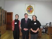 Les attachées d'Ambassade Tatiana Besory et Coline Durand sont accueillies par le recteur de l'Université socio-pédagogique d'Etat de Volgograd M. Sergueev lors du séminaire de formation organisé par l'Ambassade de France en février 2011