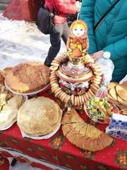 Знакомство с русскими традициями