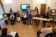 Студенты-филологи читают стихи Николая Гумилева: вечер, посвященный  130-летию со дня рождения поэта