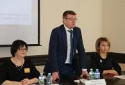В ВГСПУ обсудили проблемы устройства детей-сирот в семьи