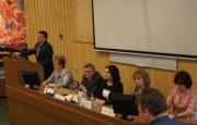 Выступает председатель комитета образования и науки администрации Волгоградской области А.М. Коротков