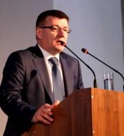 Выступает Коротков А.М., д-р пед.наук, профессор