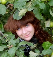 Лучшие работы выпускницы ВГСПУ представит областная библиотека им. Горького