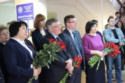 Руководство ВГСПУ приняло участие в торжественной церемонии открытия мемориальной доски В.В.Арнаутову