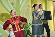 Артисты народного ансамбля «Покров» хлебом-солью встретили гостей