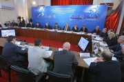 Видеомост с регионами. Фото с официального сайта Председателя Правительства РФ  http://premier.gov