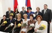Губернатор А.Г. Бровко и заслуженные педагоги области