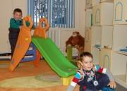 Детям в центре весело