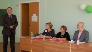 Проректор по учебной рабоете, профессор В.В. Зайцев приветствует участников заседания