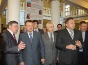 Н.К. Сергеев и гости на выставке