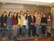 Профессор Н.К. Сергеев со студентами ВГСПУ, обучающимися в Тяньцзиньском университете иностранных языков.