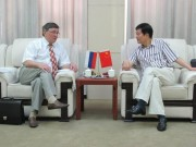 Во время официального приема у проректора по международным связям ТУИЯ