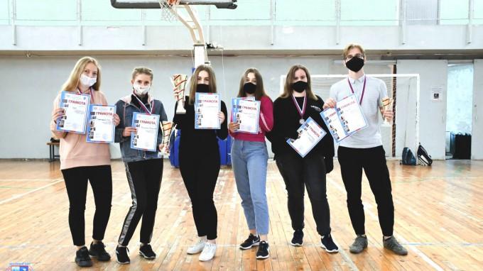 В ВГСПУ состоялся  Кубок первокурсников по дартсу среди факультетов и институтов