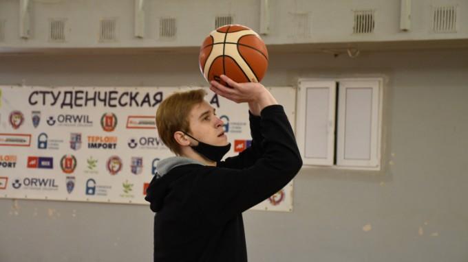 В ВГСПУ прошли соревнования, посвященные Дню защитника Отечества