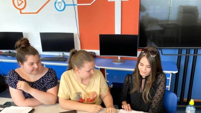 Студенты факультета ДиНО ВГСПУ прошли стажировку в Федеральной сети детских технопарков Кванториум ПолиТех